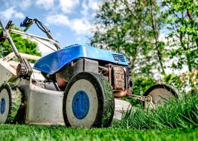Entretien et Réparation du Petit Matériel en Espaces Verts